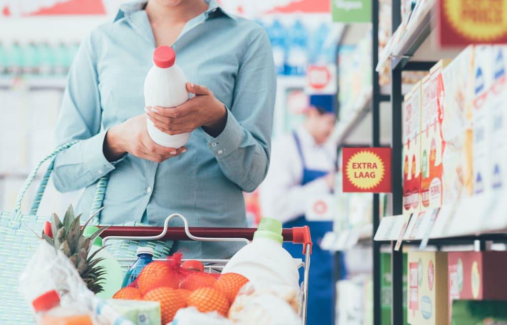 Labels lezen in de supermarkt: feiten over voeding die iedereen zou moeten weten