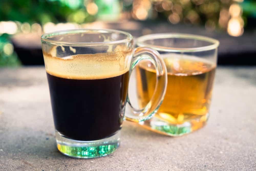 Is thee of koffie gezonder?